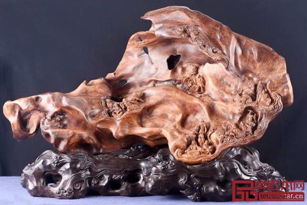 名为《洞天福地》的越南黄花梨莆田木雕摆件作品