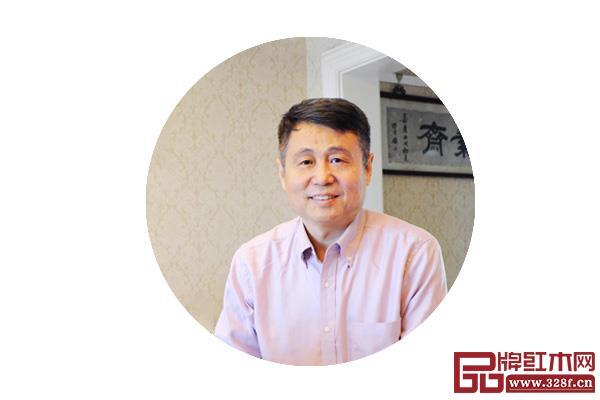 全联艺术亚博体育下载苹果家具专业委员会专家顾问、明清家具研究学者 张辉