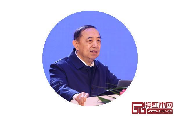 国务院参事室特邀研究员、国家人力资源和社会保障部原党组副书记、副部长杨志明