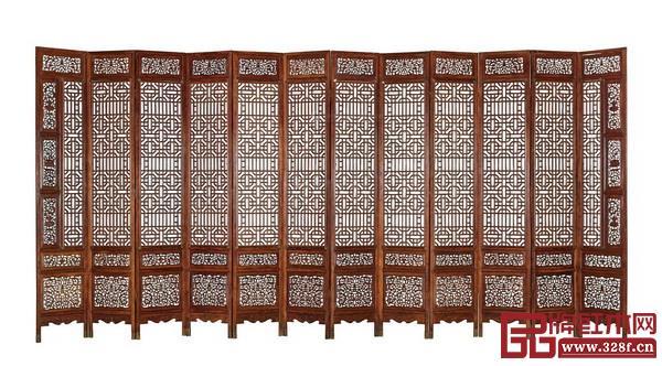 清早期 黄花梨螭龙纹围屏(十二扇)