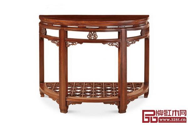 清 鸂鶒木螭龙纹半圆桌