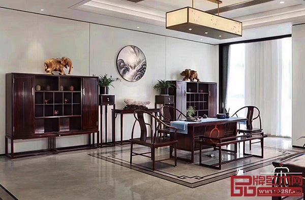 当代中式文宋强调与自然融合,探索最适合现代国人居住的生活方式