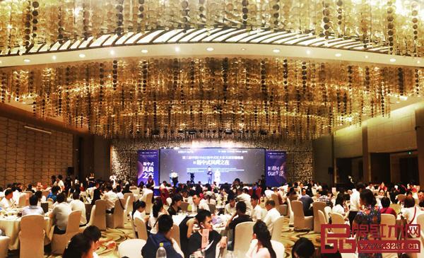 第三届新中式红木家具展答谢晚宴暨新中式风尚之夜在中山皇冠假日酒店隆重举行