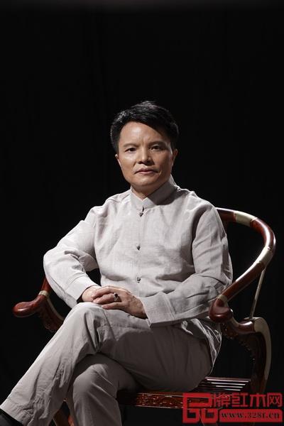 中国工艺美术大师、大家之家董事长林庆财
