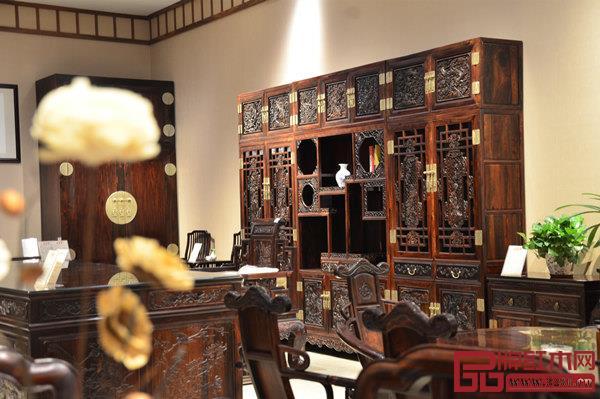 """富宝轩红木大红酸枝书房,为现代文人打造高山景行的""""交际客厅"""""""
