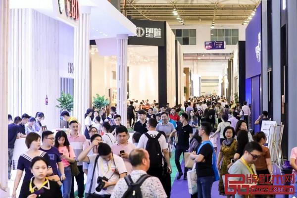 2019中国全屋整装定制展暨东莞国际设计周开幕首日现场人气