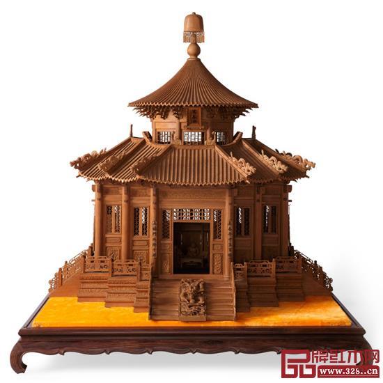 林庆财大师木雕作品——檀香木雕《万春亭》
