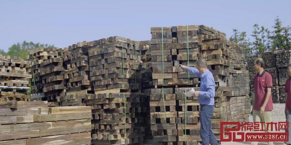 古森红木精选优质原材生产品质家具