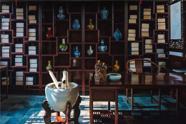 华行亚博体育下载苹果精品推荐:巴花系列书房家具