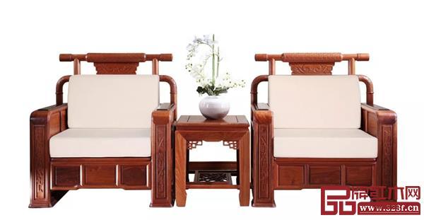 2005年中信红木为北京人民大会堂制作沙发