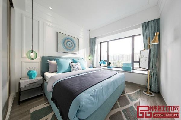 宁静优雅的蒂芙尼蓝与卧室结合,大方时尚,简洁而又不失格调