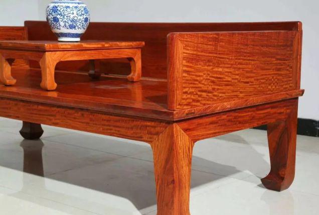 成色、质量、原材料才是千赢国际入口家具珍藏关键点