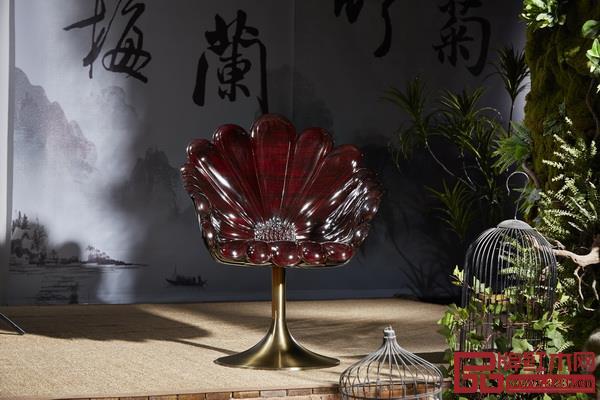 《菊花椅》的设计前卫中蕴藏经典、摩登中演绎传承
