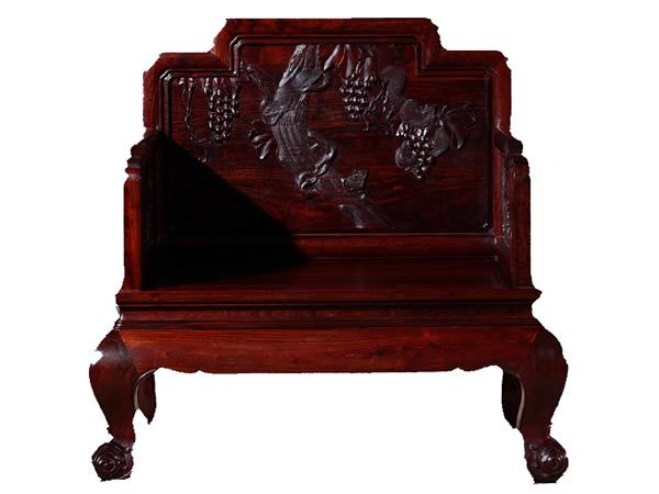 紫檀木家具木质比较硬 价值体现在宫廷属性