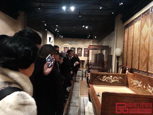 """""""红木游学团""""于今年1月走进观复博物馆"""