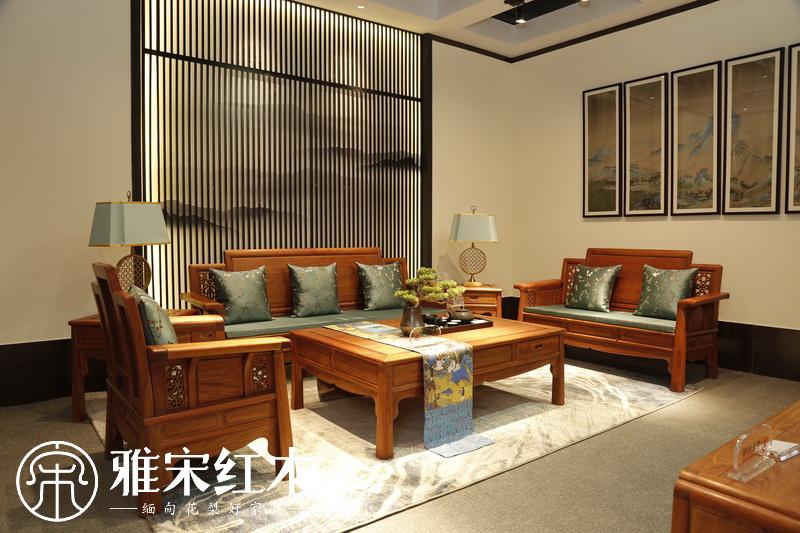 缅甸花梨木办公桌椅的特点是什么?雅宋红木为你全面总结