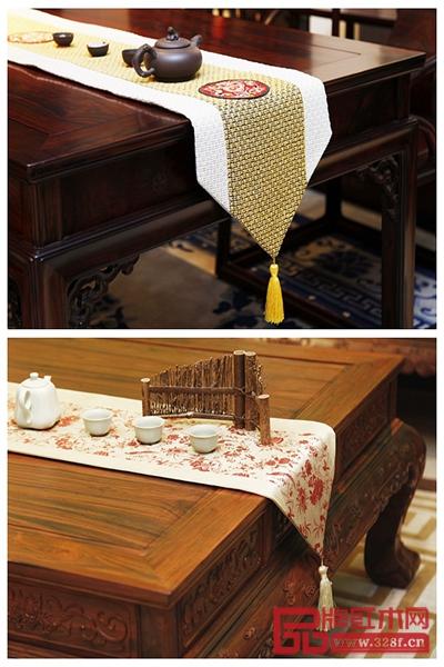 轻柔飘逸的中式桌旗再配以独特的软装配饰,相映成趣,尽显国方家具神韵