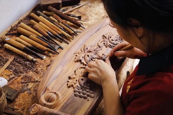 富达平台官网注册新材质、新产品、新展厅古森红木品牌布局全新升级