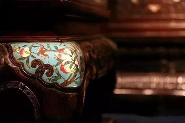 红木家具上的植物纹样,寄托吉祥寓意