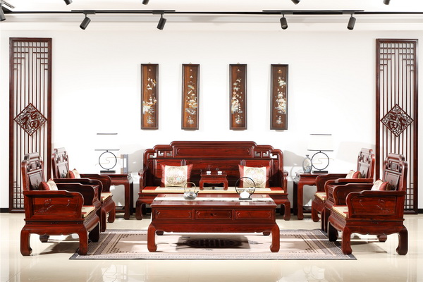 清韵红木为您介绍巴里黄檀沙发有多美?
