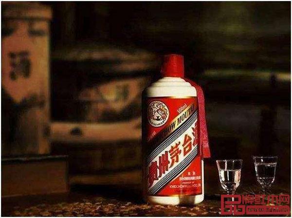 叶茂中做客腾讯家居红木《大咖之声》节目将红木家具比作茅台酒