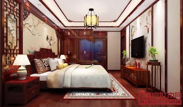 卧室中式红木装修