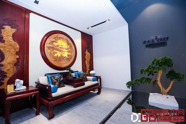 卓木王红木打造的中式书房空间