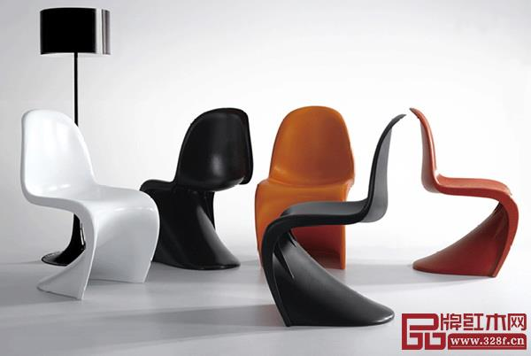 聚酯材料制作的经典产品——潘顿椅