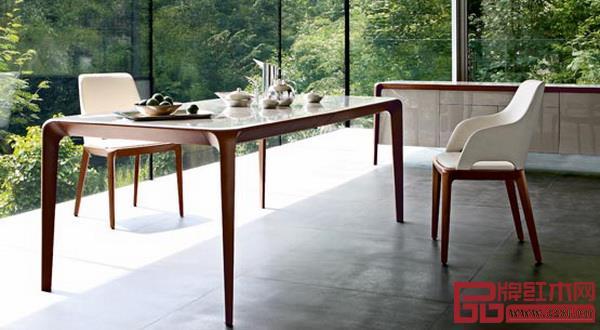 罗奇堡类风格化家具