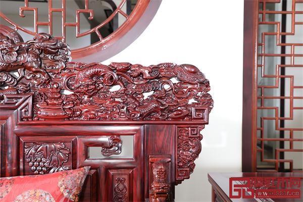 盘谷红木产品雕刻精美