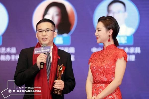 雅宋千赢国际入口总经理石拥军接受湖北卫视主持人刘熙烨的采访