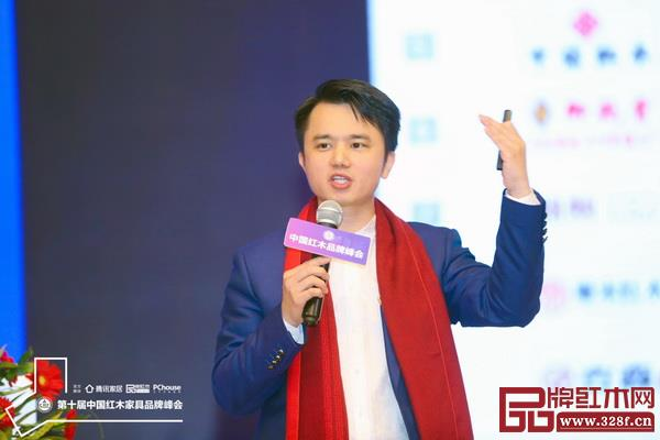 全联艺术红木家具专业委员会执行会长、弘木传媒CEO林伟华
