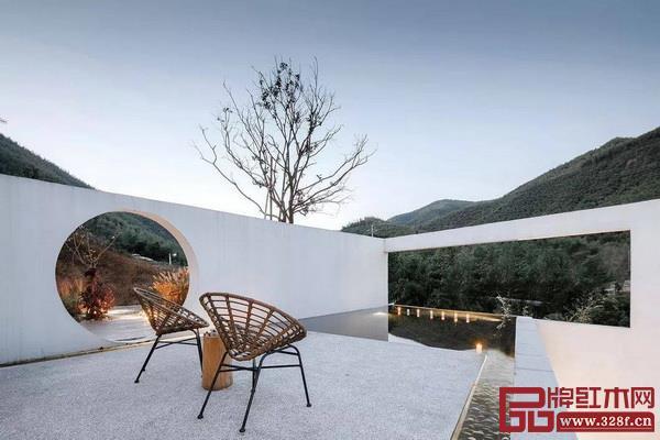 现代的中式庭院更加注重功能性