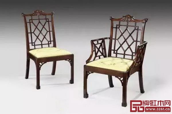"""""""欧洲家具之父""""齐彭戴尔创作的家具中经常使用格栅纹、回纹、宝塔纹等中国传统纹饰"""