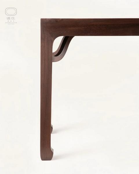 区氏家具 四面平霸王枨条桌铁力木 厚独板