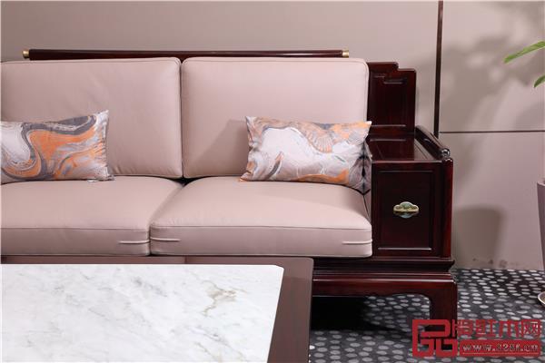 《佳境沙发》软包健康舒适,颜色清新靓丽.jpg