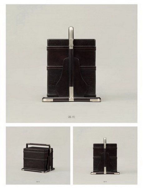区氏家具 直提梁提盒 小叶紫檀 长:19.5cm 宽:14.5cm 高:18.5cm A Zitan Straight girder box