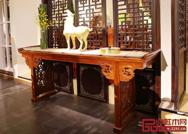 到隋唐时期,俎的祭祀功能被案所取代(戴为红木供图)