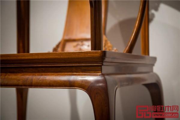 红桥红制器 / 皇宫圈椅