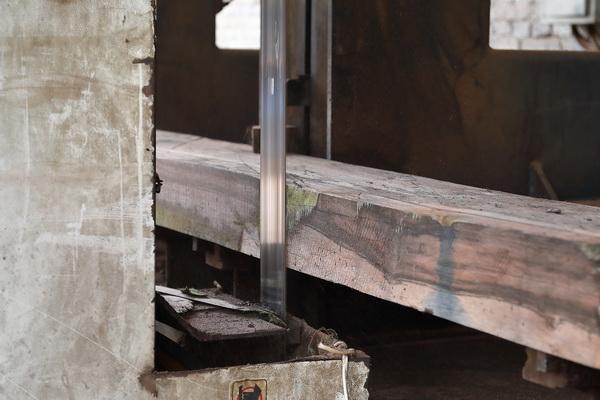 恒达木业·素创产品选料严格,全芯材、无白皮,产生极大损耗也在所不惜