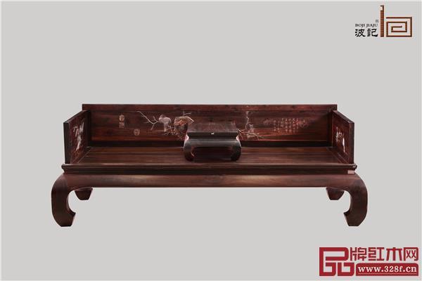 波记家具:雕花鸟罗汉床